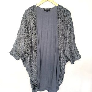 Anthropologie Feathers by Tolani Bat Cardigan 0/S